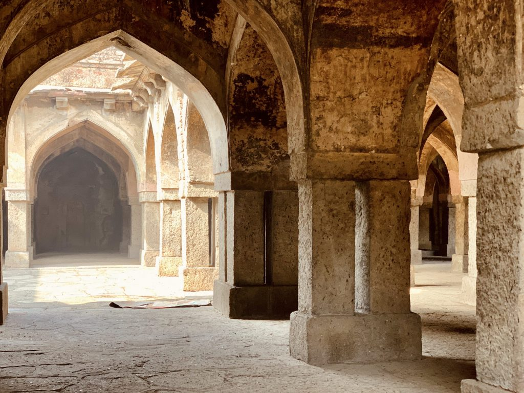 The arcades and courtyards at Khirki Masjid